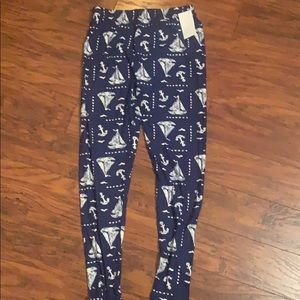 Pants - Plus size buttery soft leggings New!